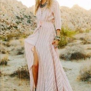 Spell and the gypsy collective RARE dress!! 🌸